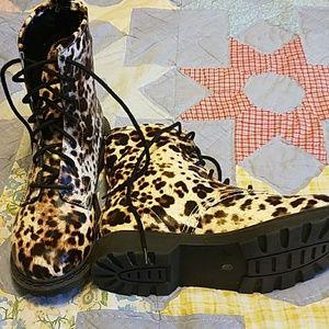 Arizona combat boots. Never worn